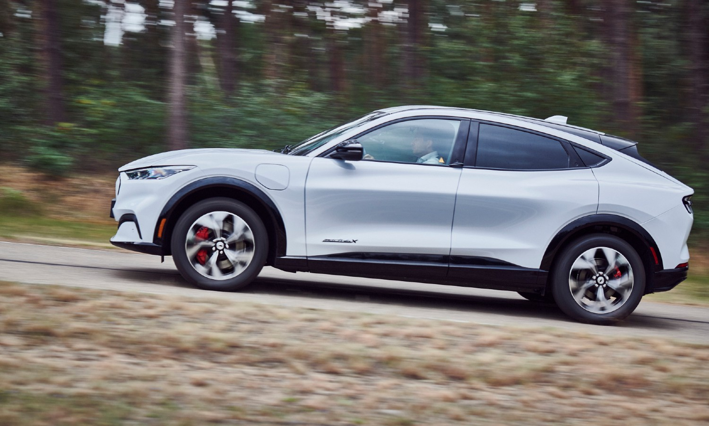 Ford Mustang Mach-E. SUV elétrico já tem versões e preços para Portugal ...